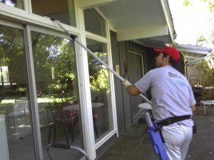 window cleaning NY services cheap affordable washing windows